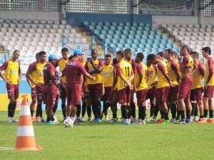 Paysandu treina no estádio da Curuzu