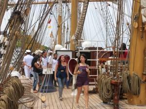Navio veleiro da Marinha pode ser visitado
