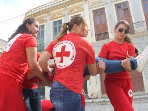 Veja imagens do treinamento da Cruz Vermelha