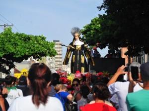 Católicos celebram Santa Rita