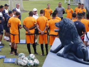 Após derrota, Remo volta a treinar em Belém