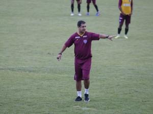 Marquinhos Santos comandou seu primeiro treino no Papão
