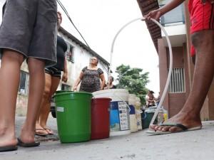 Bairros de Belém ficaram sem água na terça (23)