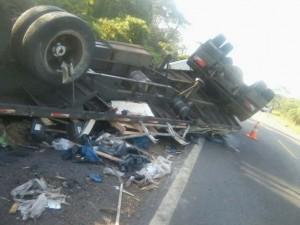 Acidente mata 4 pessoas na rodovia BR-316