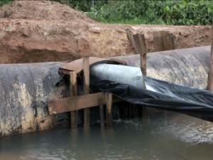 Falta d'água seria por dano em adutora