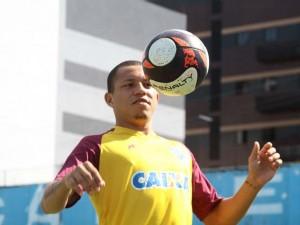 Perema é o melhor jogador da Copa Verde