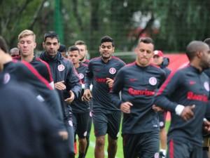 Inter faz último treino antes da viagem a Belém