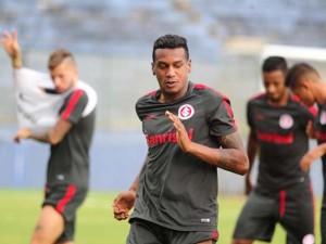 Inter treina no Baenão antes de jogo contra o PSC