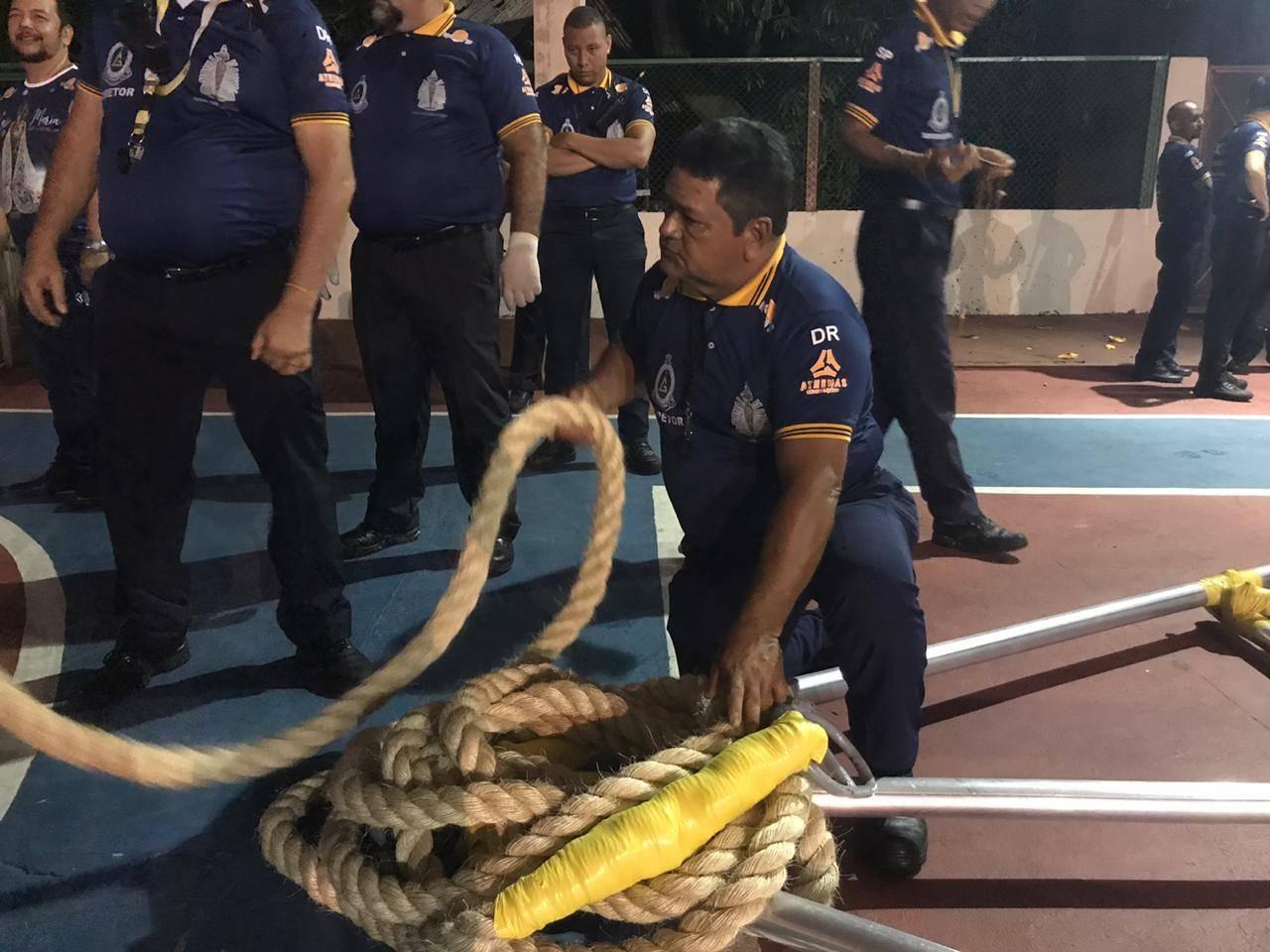 Icoaraci Castro, responsável pelo atrelamento da corda