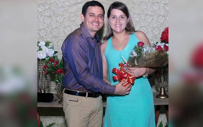 Misaque Moraes e a esposa Paola Lobato.