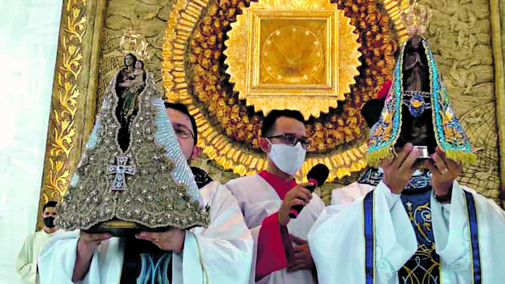As imagens de Nossa Senhora de Nazaré e de Aparecida se encontraram na igreja de Aparecida, no bairro da Pedreira