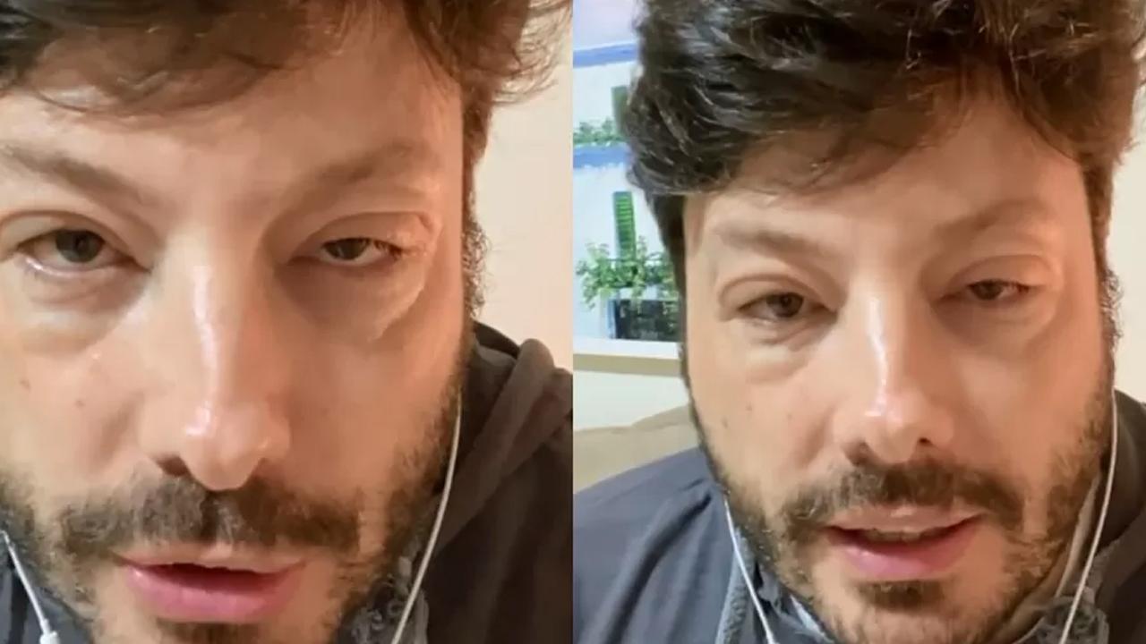 Danilo Gentili, de 41 anos, teve uma reação alérgica a um medicamento.