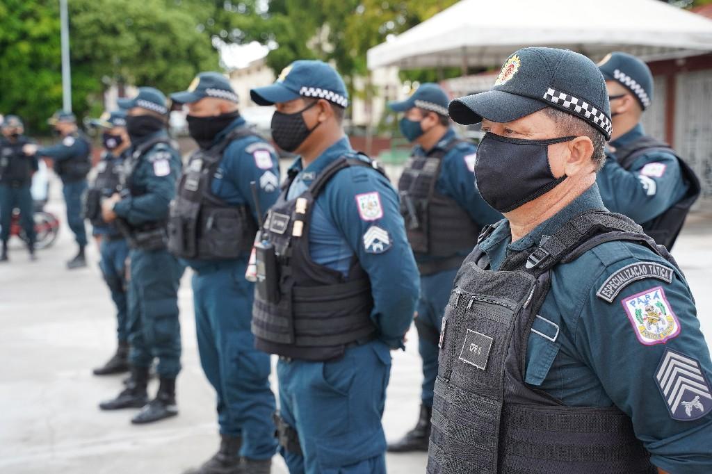 Mais de 300 policiais militares participam da operação