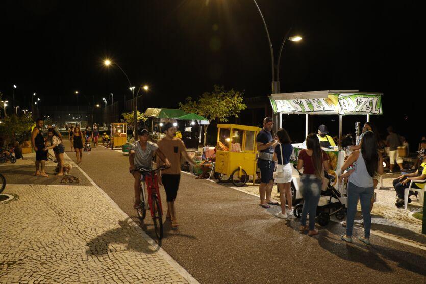 Com Recírio, noite de segunda (26) foi para muitos belenenses passearem