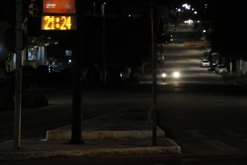 Veja imagens de Belém com o novo horário do toque de recolher