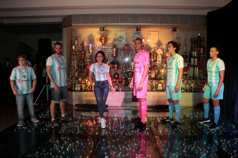As fotos do lançamento da nova camisa oficial do Paysandu