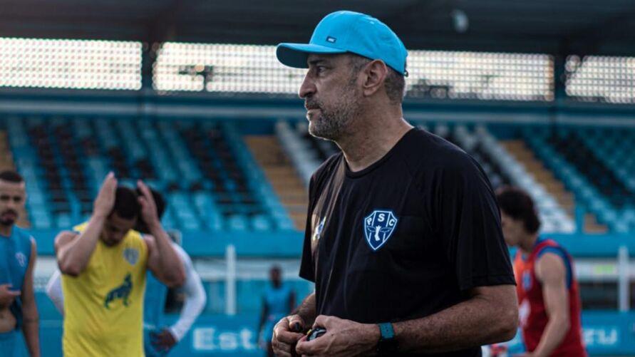 Vinícius Eutrópio diz que o time se sente incomodado com a postura defensiva dos adversários.