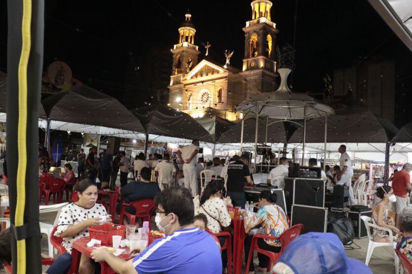 Galeria: veja imagens da primeira noite do Arraial de Nazaré