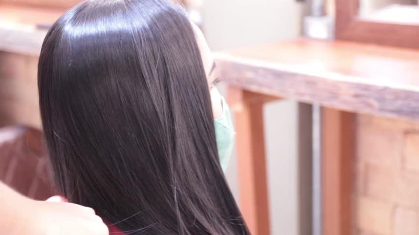 Imagem ilustrativa da notícia: Entenda quais são os motivos da queda de cabelo e os melhores tratamentos